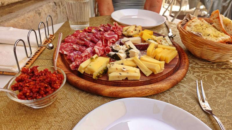 Salumeria Barocco: Salami-Käse-Platte